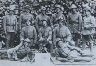 Foto: Čs. legionáři z kulometného oddílu na Slovensku 1919 (zdroj: VHU.CZ)